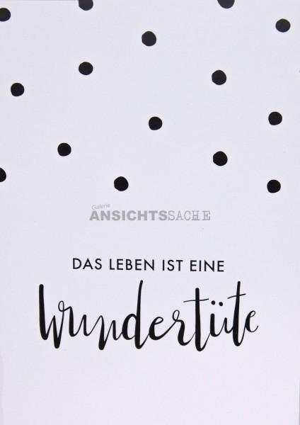 """Postkarte """"Das Leben ist eine Wundertüte"""""""